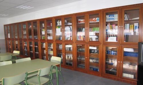 Biblioteca de la EOI de Hellín